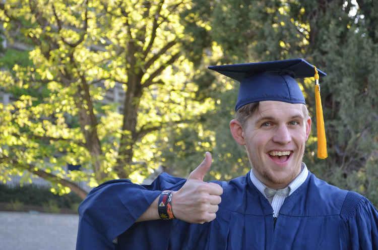 que regalar a un graduado universitario